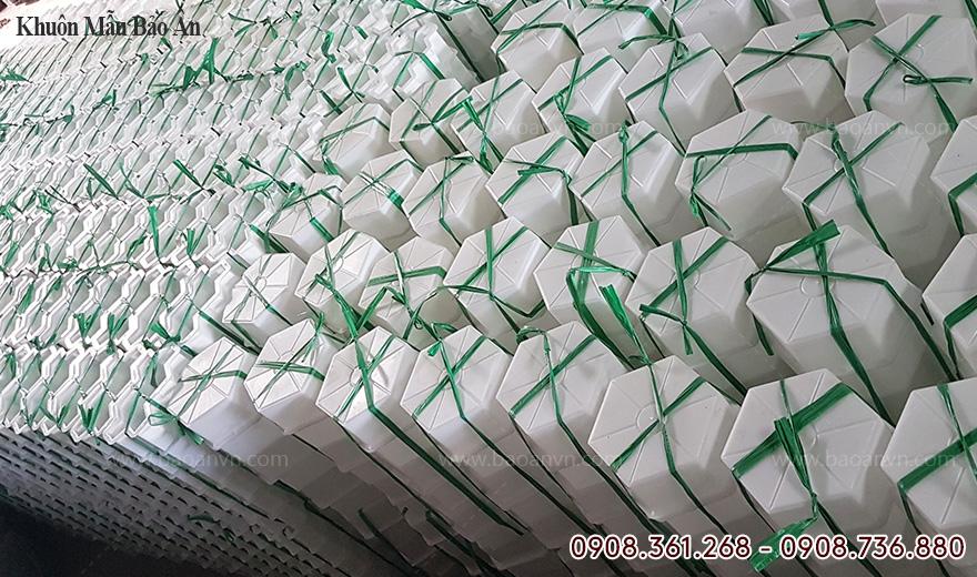 Xưởng sản xuất khuôn gạch block số lượng lớn