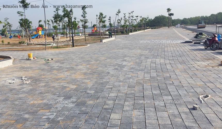 Quang cảnh gạch giả đá lát công viên