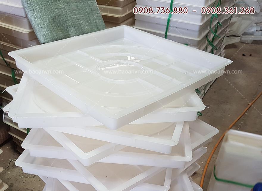 khuôn nhựa làm gạch terrazzo