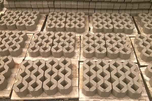 Khuôn gạch block tạo ra gạch